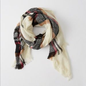 Abercrombie & Fitch plaid blanket scarf